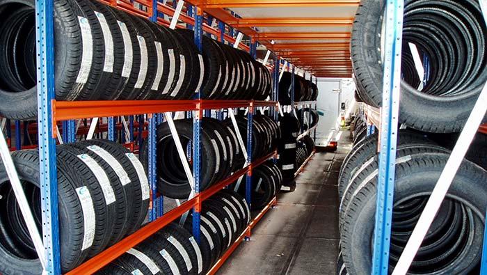 Manuell-Weitspannregale-Reifen