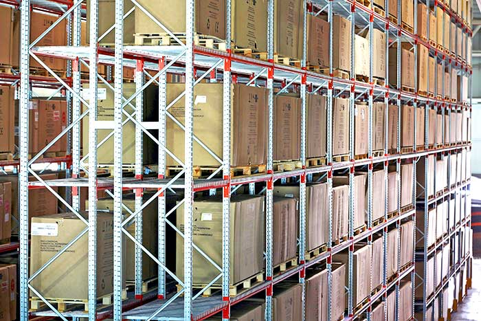 Stock or inventory management in a warehouse