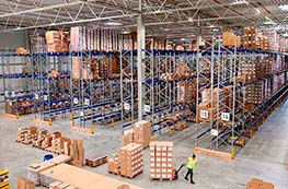 Warehouses: industrial racking risks and prevention measures