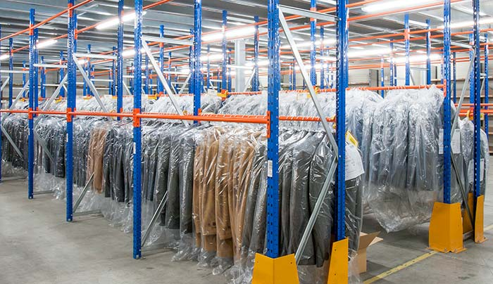 Picking-solutions-hanging-clothes-garment