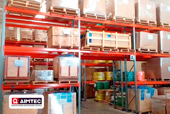 AR Racking installs an adjustable pallet racking system for AIMTEC's new warehouse