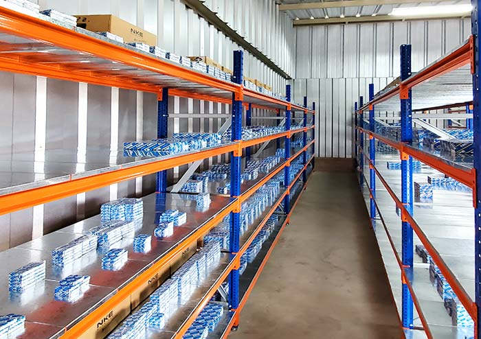 AR Racking equipa el centro de distribución de picking de IPM Global Import