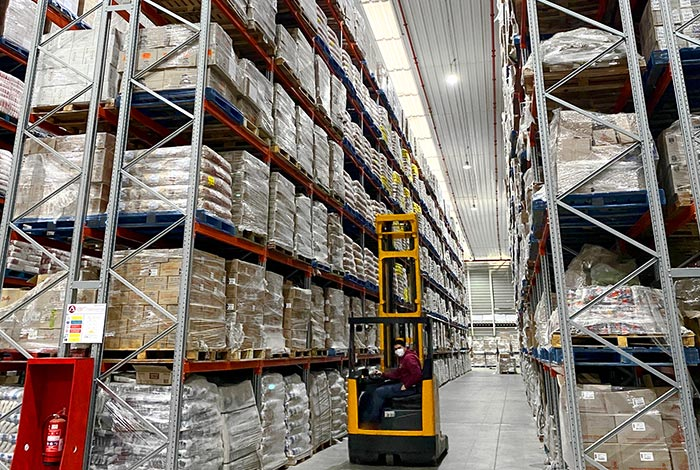 We install Pallet Racking for Sidapt's Distribution Centre in Chile