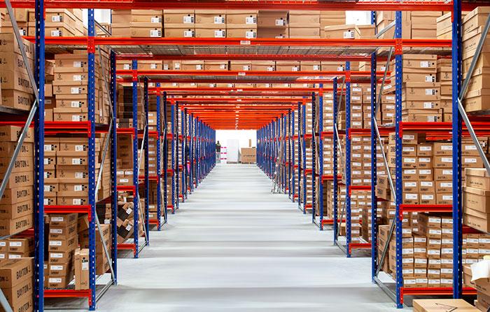 textile-picking-warehouse