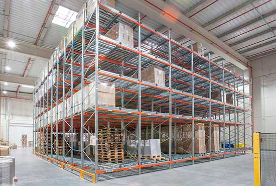 Live racking systems